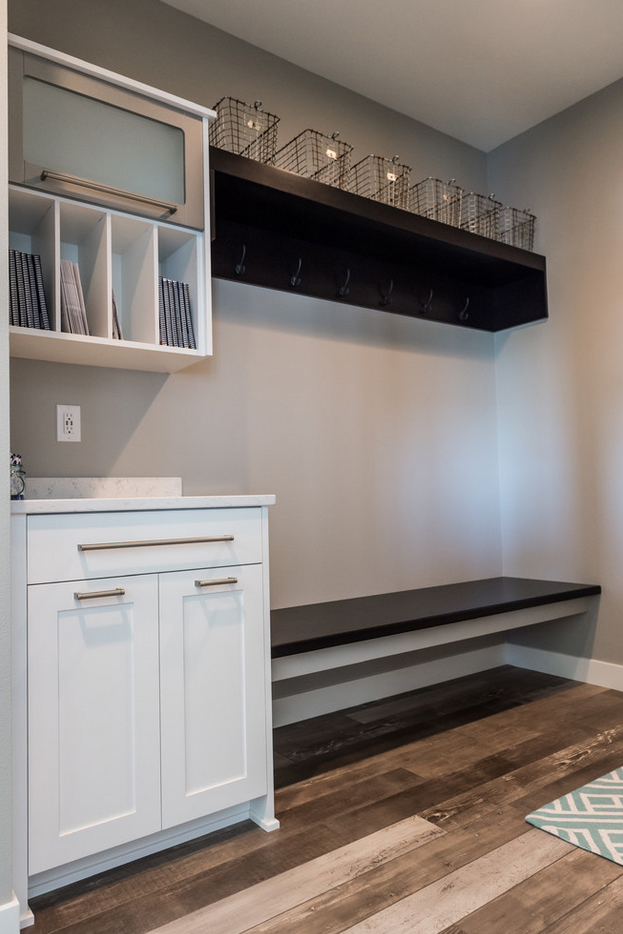 Braaten Entries and Mud Rooms | Braaten Cabinets